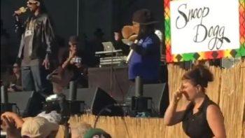 Interprete de señas acapara el show del rapero Snoop Dog