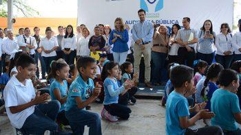 Ofrece Alcaldesa Audiencia Pública en la colonia Lázaro Cárdenas