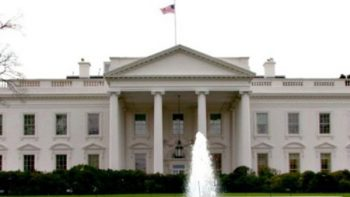 Casa Blanca presentará proyecto de ley contra nuevos migrantes legales