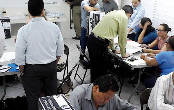 Queman paquetería electoral en Veracruz