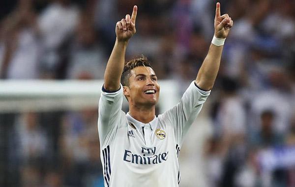 Cristiano Ronaldo es el deportista más rico del mundo, según Forbes
