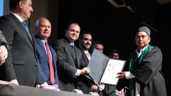 Es Nuevo León pionero nacional en plan escuela-empresa