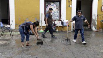 Se desborda río Atoyac en Puebla e inunda museos
