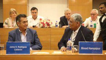 Acuerda Bronco becas en la India para ingenieros de Nuevo León