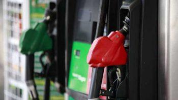 Este fin de semana las gasolinas bajarán dos centavos y el diésel uno