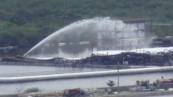 Pemex sofoca incendio en refinería que dejó un muerto y nueve heridos