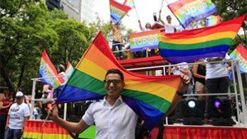 Colores del arcoíris pintaron las calles de la Ciudad de México