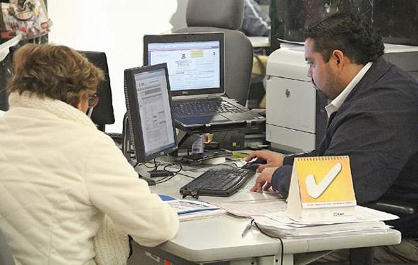 SAT elimina pagos en efectivo en aduanas