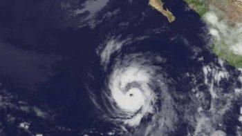 Huracán Eugene alcanza categoría 2 y se mantiene lejos de costas mexicanas