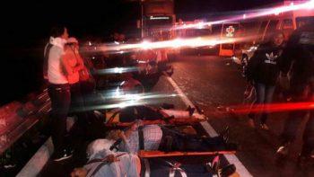 Vuelca camión con 33 pacientes del IMSS en Sonora