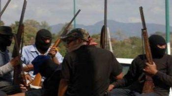 Se enfrentan autodefensas y criminales en Guerrero