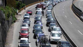 Continúa tráfico en Paso Exprés Tlahuica