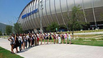 Recibe Estadio BBVA a reinas de belleza