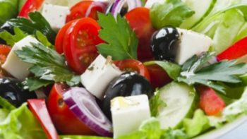 Recomiendan reforzar hábitos alimenticios de niños durante vacaciones