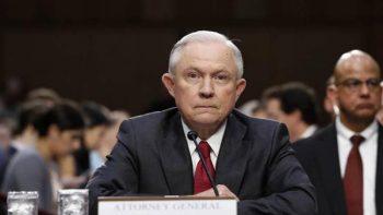 Aumentan las críticas a Sessions