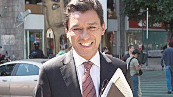 Jesús Valencia renuncia al PRD tras 14 años de militancia