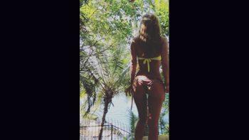 Geraldine Bazán luce sus curvas en bikini