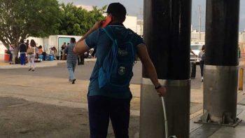 Olvidan a Moisés Muñoz en el Aeropuerto