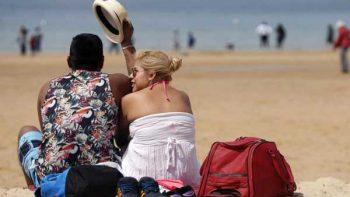 México depende más de los turistas de EU