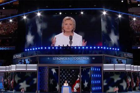 'No a los muros. Es inhumano echar a los migrantes de E.U.': Hillary Clinton