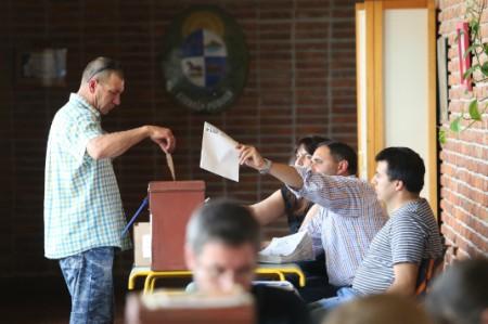 Gobierno califica como 'muy tranquilas' las elecciones en Uruguay