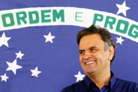 Vota Aécio Neves en segunda vuelta presidencial brasileña