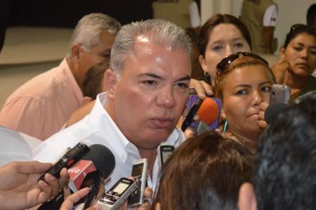 Pepe Elías asigna militares en el Ayuntamiento
