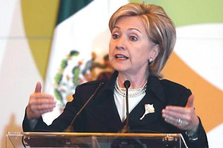 Afirma Chávez que Hillary Clinton debería renunciar por escándalo WikiLeaks