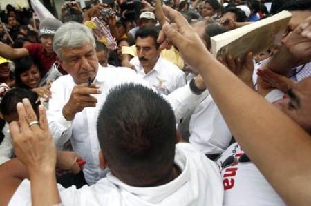 Buscaré diálogo con Calderón:<br>AMLO; nada está definido: Peña