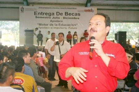 'Deben someterse alcaldes a pruebas de confianza', dicen en Apodaca