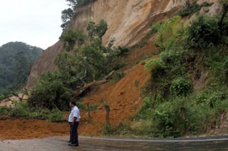 Deslave incomunica a 12 poblados en Hidalgo