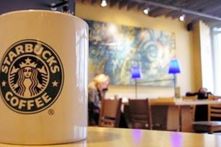 El colmo, asaltan Starbucks en Monterrey