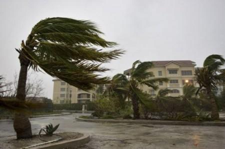"""En Ciudad Victoria soplan fuertes vientos ante la llegada de """"Alex"""""""