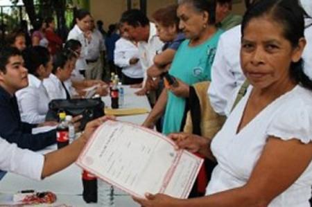 Entregan más de 500 actas de nacimiento a niños de Reynosa