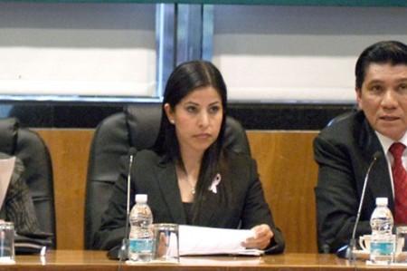 Gestiona Leticia Salazar mayores recursos para programas de migrantes