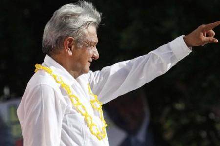 Gobernadores del PRI<br>comprarán votos: AMLO