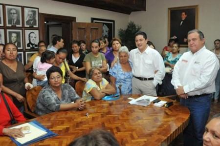 Intensifican acciones de fumigación para evitar riesgos de dengue: Erick Silva