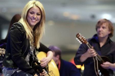 Lista Shakira para clausura del Mundial de Futbol Sudáfrica 2010