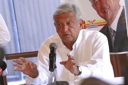 Llama AMLO a vigilar actas<br>electorales el 1 de julio