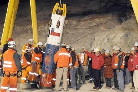 Mineros chilenos bebieron orina para sobrevivir