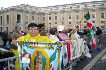 'Ningún voto para AMLO y Ebrad por anticatólicos': Juanito