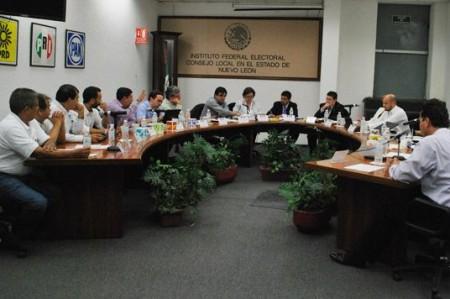 Reportan robo de urnas en Monterrey