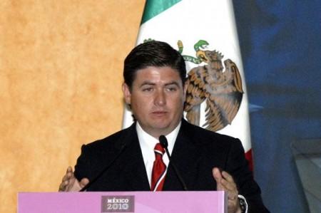 """Reubican a familias afectadas por """"Alex"""" lejos de ríos en Nuevo León"""