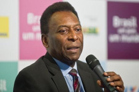 Pelé estaría viviendo con sólo un riñón, según medios brasileños