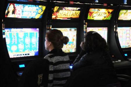 Prohíben a municipios otorgar uso de suelo para casinos