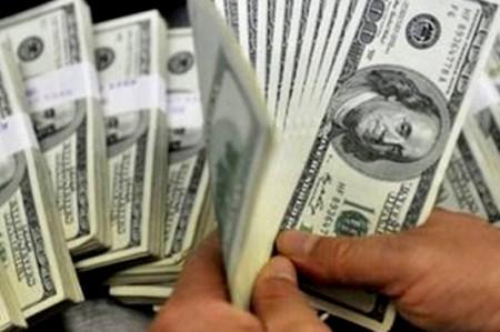 Banxico subasta 200 mdd, pero bancos demandan mil 332 mdd
