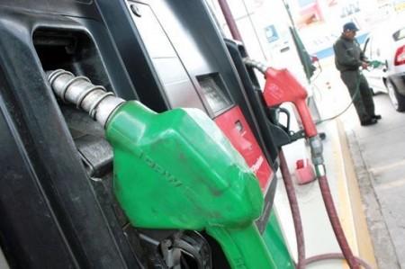 Hubo 402 permisos de importación de gasolinas en 2016