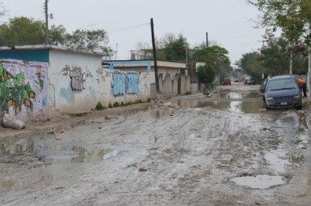 Piden denunciar fallas en drenaje para evitar enfermedades