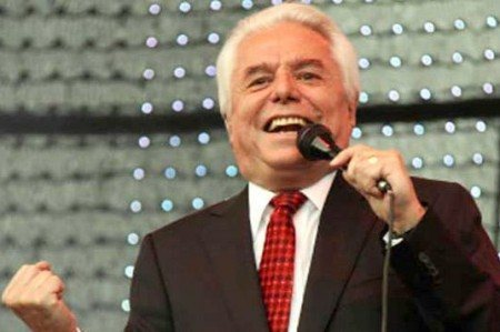 Enrique Guzmán festeja cumpleaños 73 en preparativos de su 'Gira 2016'