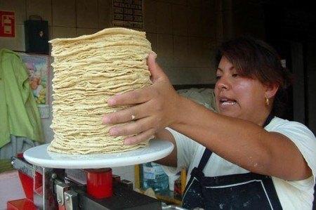 Condena PT en CDMX incremento en el precio de la tortilla